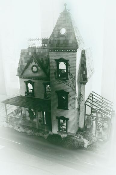 Spooky Dollhouse