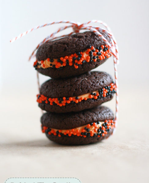 Easy Cake Mix Whoopie Pies @Jayna