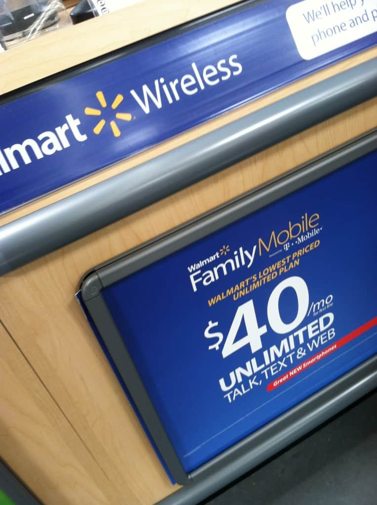 Walmart Family Mobile #shop #cbias #FamilyMobileSaves - http://behindthestudio.com/2013/09/02/i-found-a-cheap-wireless-plan-for-long-distance-calls-with-walmart-family-mobile-familymobilesaves/