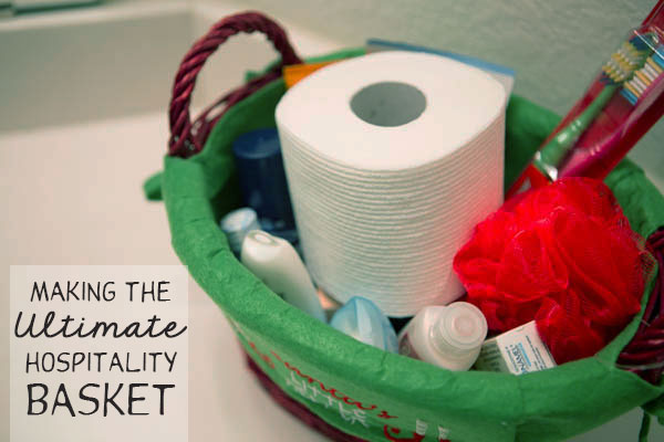 How to make the ultimate hospitality basket for your guests #HolidayNecessities #CG